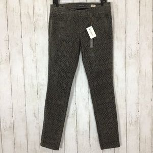 NWT Level 99 Liza Contrast Print Skinny Jeans
